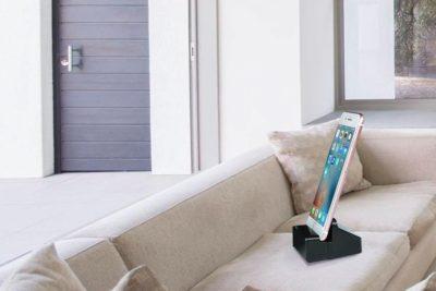 iOS-Ladestation mit verstecktem WiFi-Camcorder_3