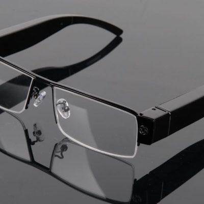 Videobrille mit Objektiv im Bügel 5