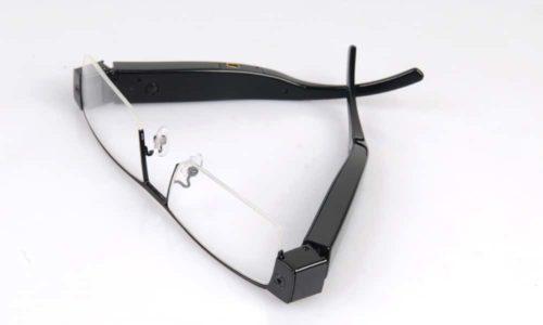 Videobrille mit Objektiv im Bügel 6