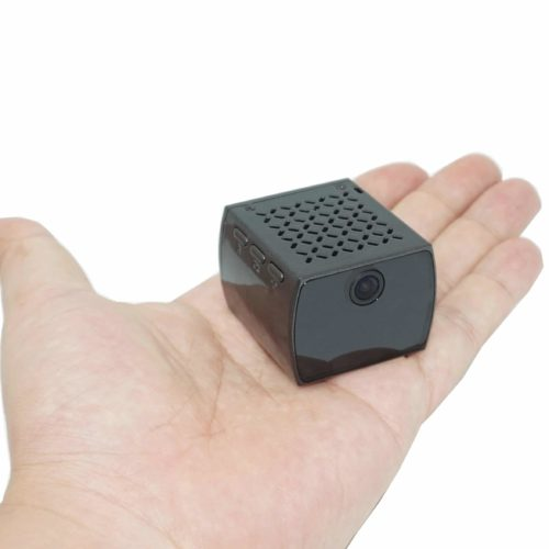 Getarnte Überwachungskamera im Würfelformat